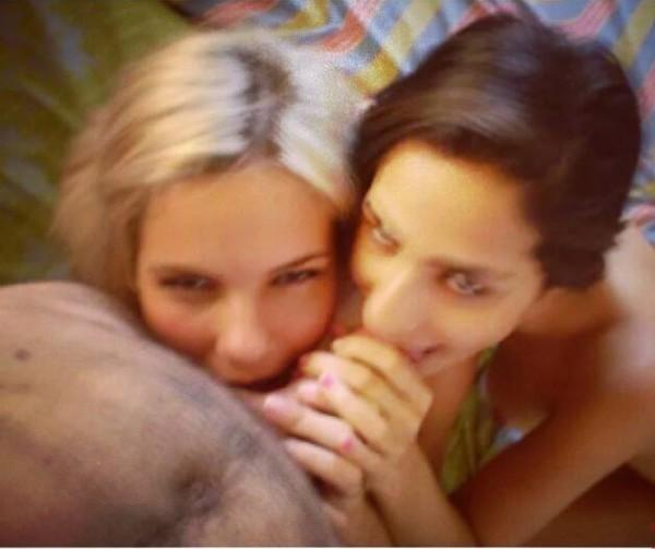 baixar Karina e Bianca amigas safadas na putaria caiu na net download