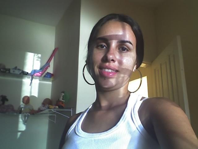 Minha namorada Nahiara (fotos e vídeo) download