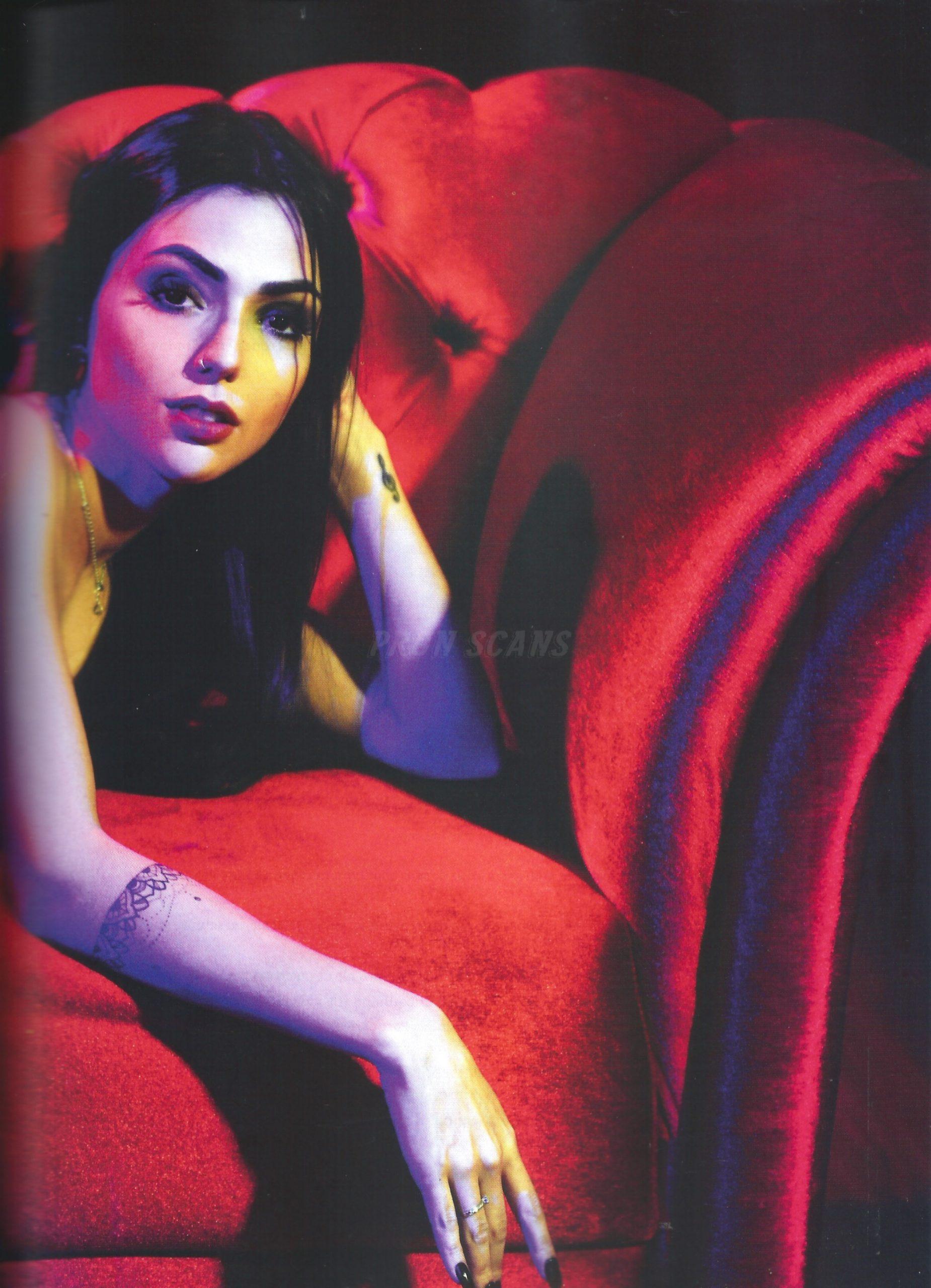 baixar Revista Playboy - Nyvi Estephan - Outubro/Novembro 2016 + Vídeo Making Of HD download