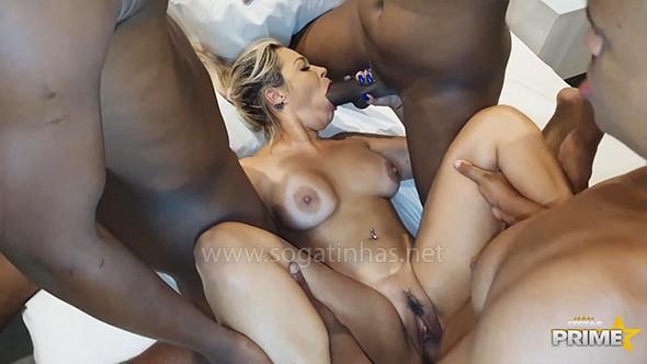 baixar Monique Lopes tomando banho de porra de negões dotados download