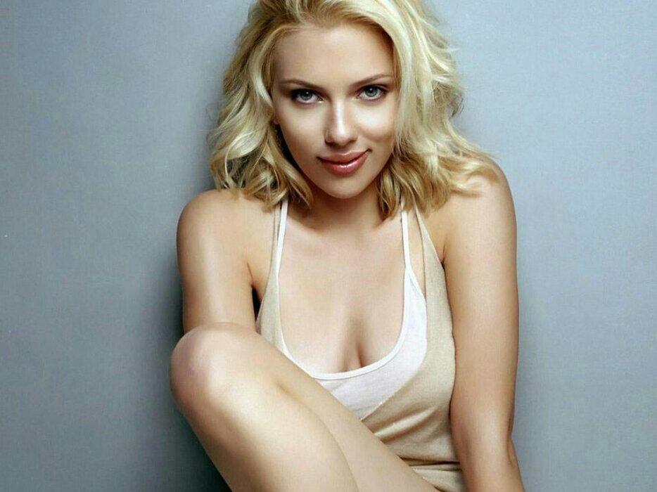 baixar Atriz Scarlett Johansson pelada nua sem roupa download